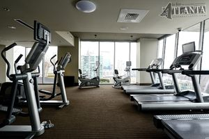 State-of-the-art amenities extend to the best opportunities to exercise bathed in light overseeing all of Atlanta.