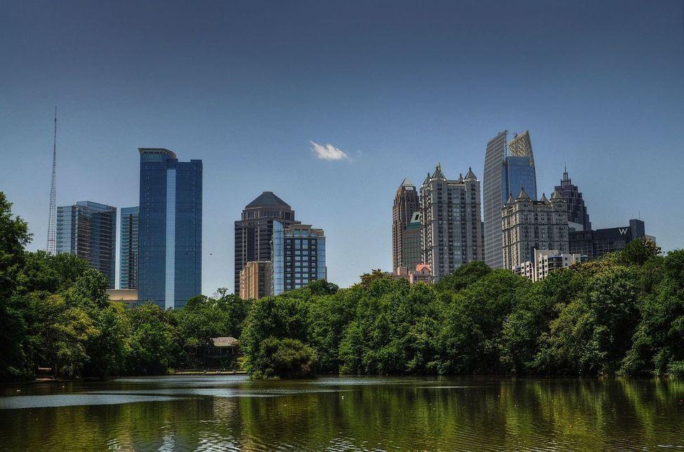 1200px-Midtown_HDR_Atlanta