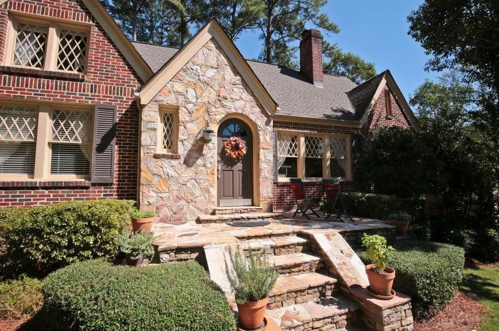 It's a good time to own a home in Morningside...