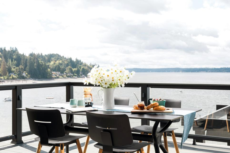 2018-hgtv-dream-home-deck