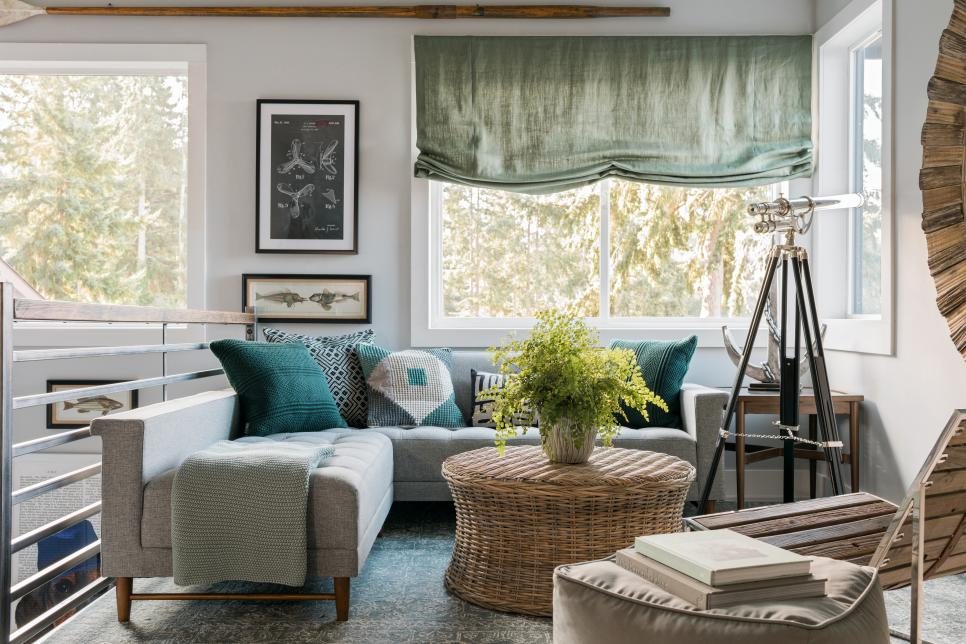 2018-hgtv-dream-home-master-bedroom-lounge