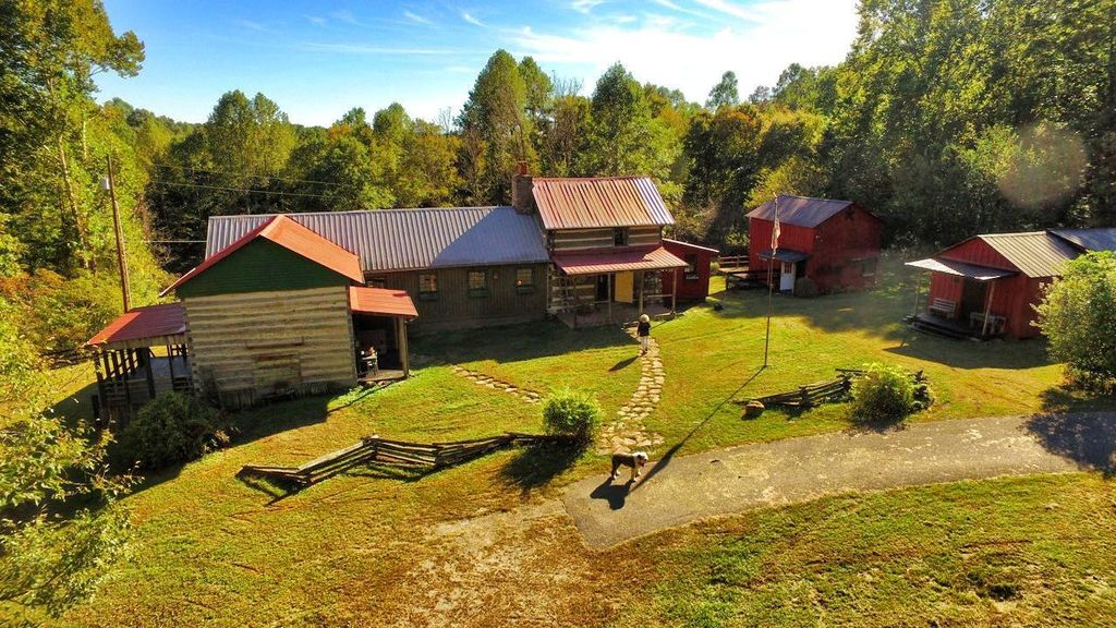 artist-retreat-log-cabin-for-sale-in-kentucky-ccf-100-76