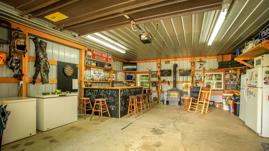 sustainable-farm-cabin-for-sale-in-kentucky-210