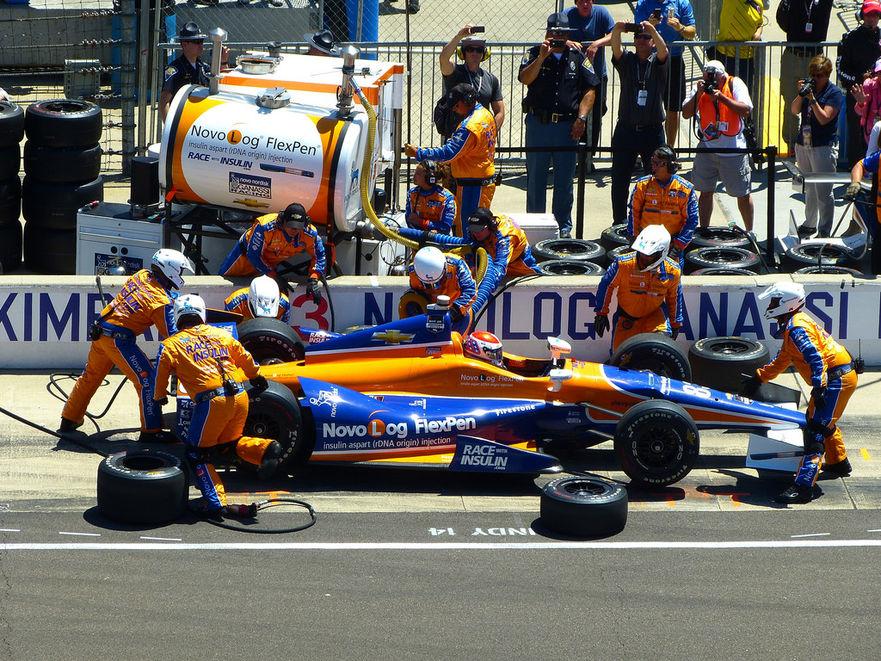 indy-500-orange-blue