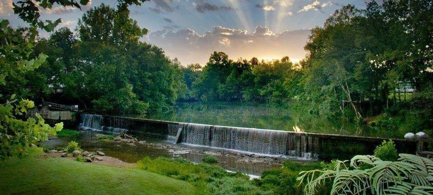 Helena AL homes for sale Spillway image