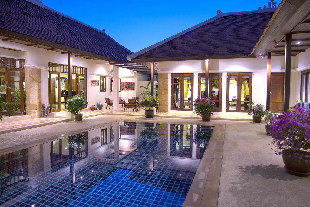 marketing luxury properties pool home image