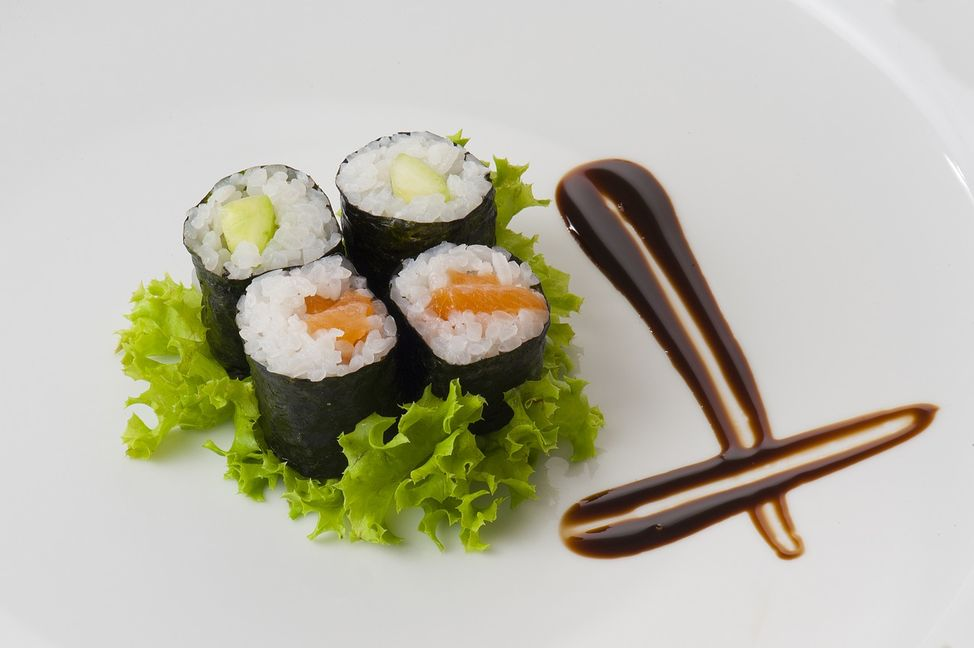 sushi-2374913_1280