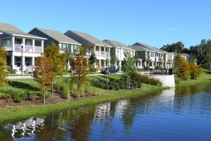 wsv-pond-views-of-homes