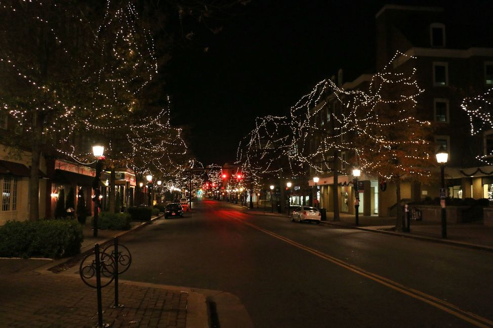 Top 5 Christmas Light Shows in the DC Metro Area - Jessica Richardson