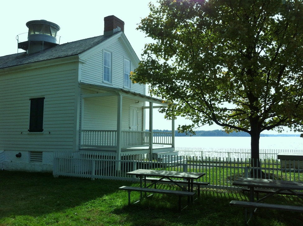 Jones Point Lighthouse