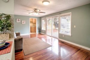 14710-se-262nd-st-kent-wa-family-room