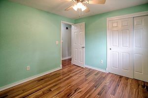 14710-se-262nd-st-kent-wa-bedroom-1a