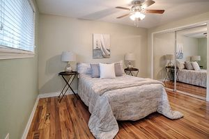 14710-se-262nd-st-kent-wa-bedroom-3a