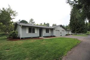 6511-6513-5th-street-ne-tacoma-98422-5