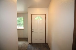6511-6513-5th-street-ne-tacoma-98422-7