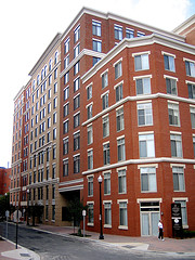 station-square-condo-in-clarendon3