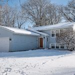 2048-Stowe-Ave_002
