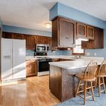 2048-Stowe-Ave_019