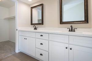 masterbathroom_hi-res-10027745