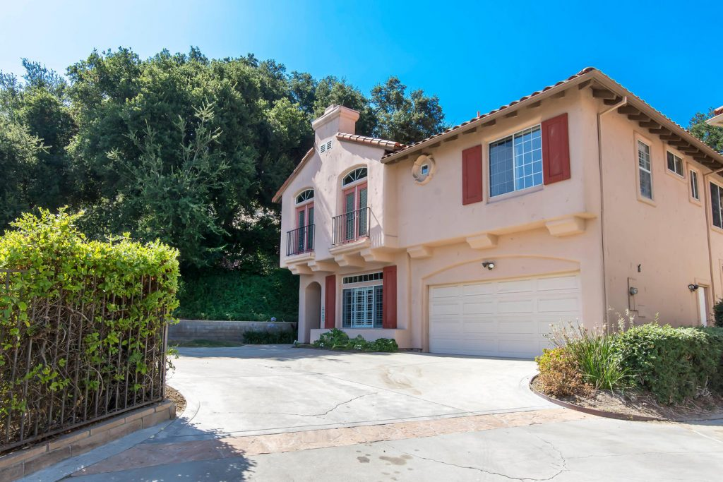 23808 Valley Oak Ct Newhall CA-large-001-39-Exterior Front-1500x1000-72dpi