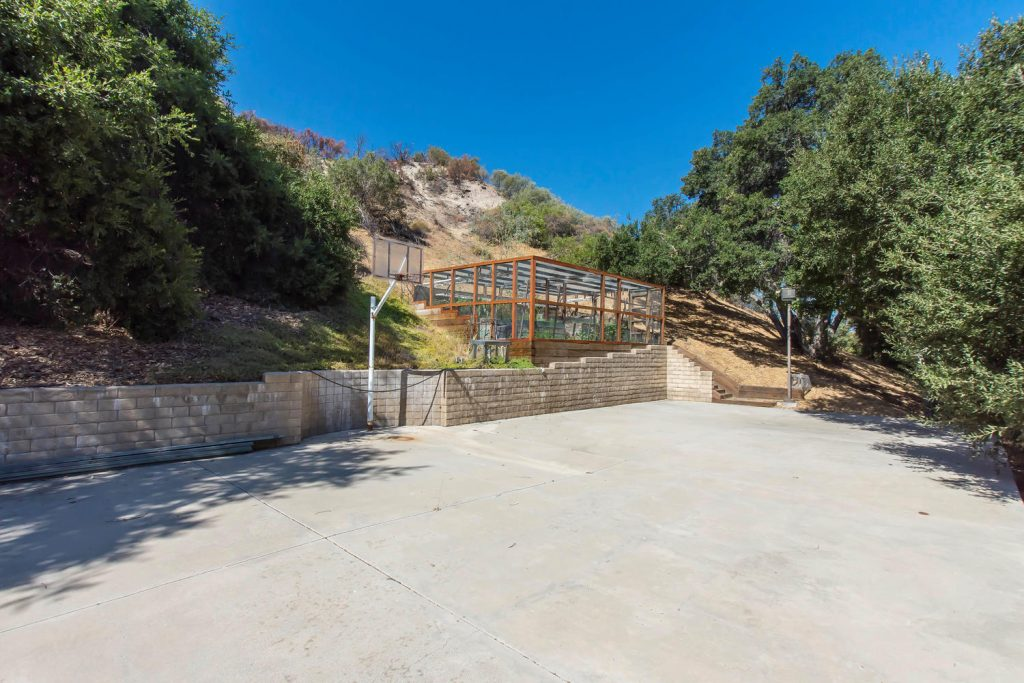 23808 Valley Oak Ct Newhall CA-large-034-27-Upper Patio-1500x1000-72dpi