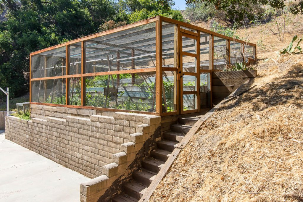 23808 Valley Oak Ct Newhall CA-large-037-23-Greenhouse-1500x1000-72dpi