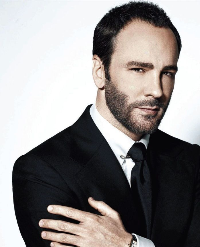 Tom Ford Closes On Betsy Bloomingdales Holmby Hills Estate