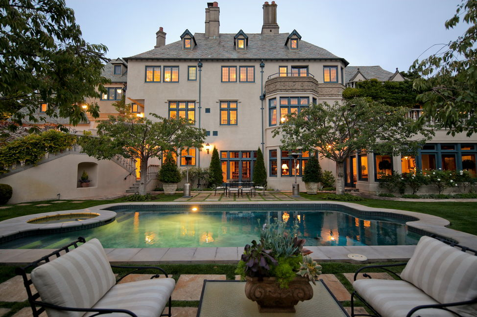 The residential market in l a is as hot as ever rami for Luxury nyc real estate