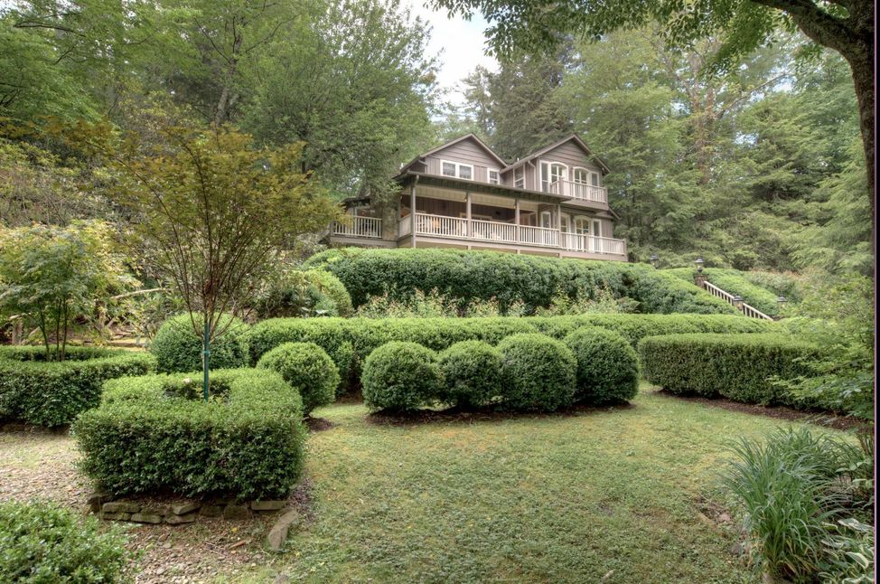 Highlands-NC-home-for-sale-horse-cove-rd