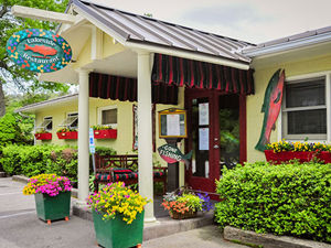 lakeside-restaurant-highlands-nc