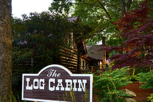 the-log-cabin-highlands-nc