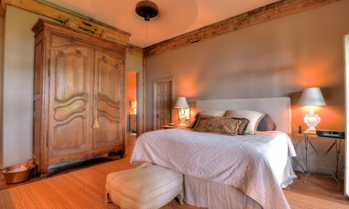 1420-highgate-rd-highlands-nc-master-bedroom-v2