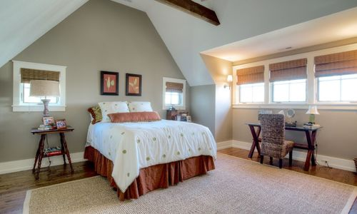 525-high-mountain-dr-cashiers-nc-upstairs-bedroom-2-in-mountaintop-golf-and-lake-club