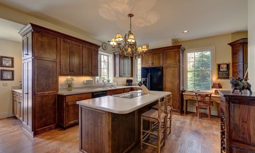 945-brushy-face-highlands-nc-kitchen