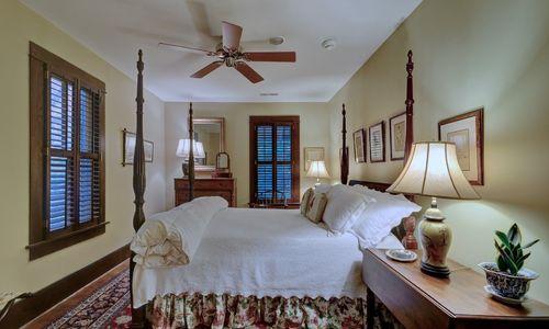 2930-walhalla-road-highlands-nc-bedroom-4