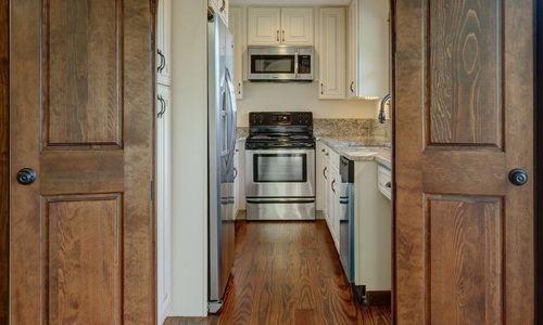 3061-dillard-rd-highlands-nc-kitchen-v1