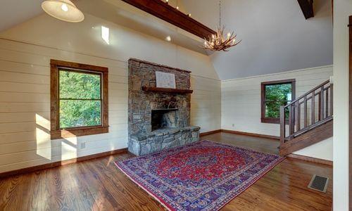 3061-dillard-rd-highlands-nc-living-room-2