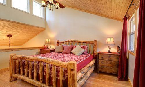 72-9B-chatterbox-way-sapphire-nc-bedroom-1