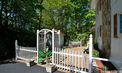 115-hemlock-woods-drive-highlands-nc-05