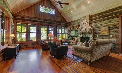 518-cotswold-way-highlands-nc-08