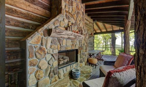 518-cotswold-way-highlands-nc-30