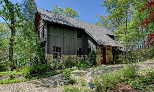 518-cotswold-way-highlands-nc-38