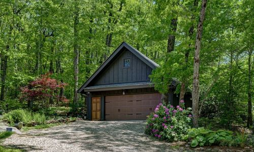 518-cotswold-way-highlands-nc-39