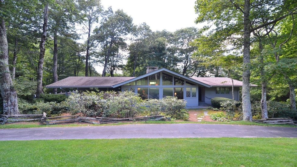 602-country-club-dr-highlands-nc-12