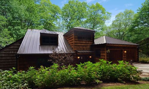 781-hudson-road-highalnds-nc-exterior