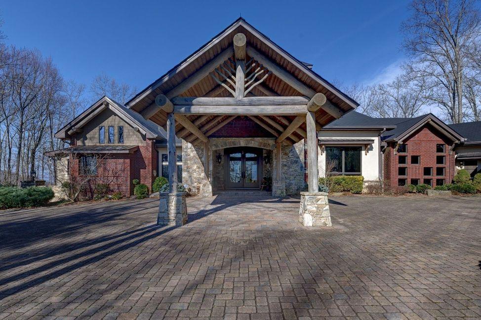 Dillard GA home for sale