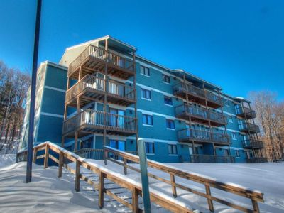 White Cap Slopeside Condos