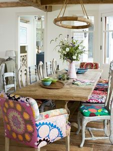 Mixing & matching dining room seating