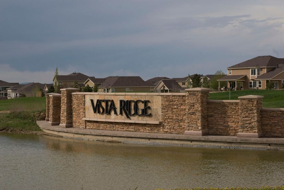 Entrance just off 7th hole and Vista Parkway