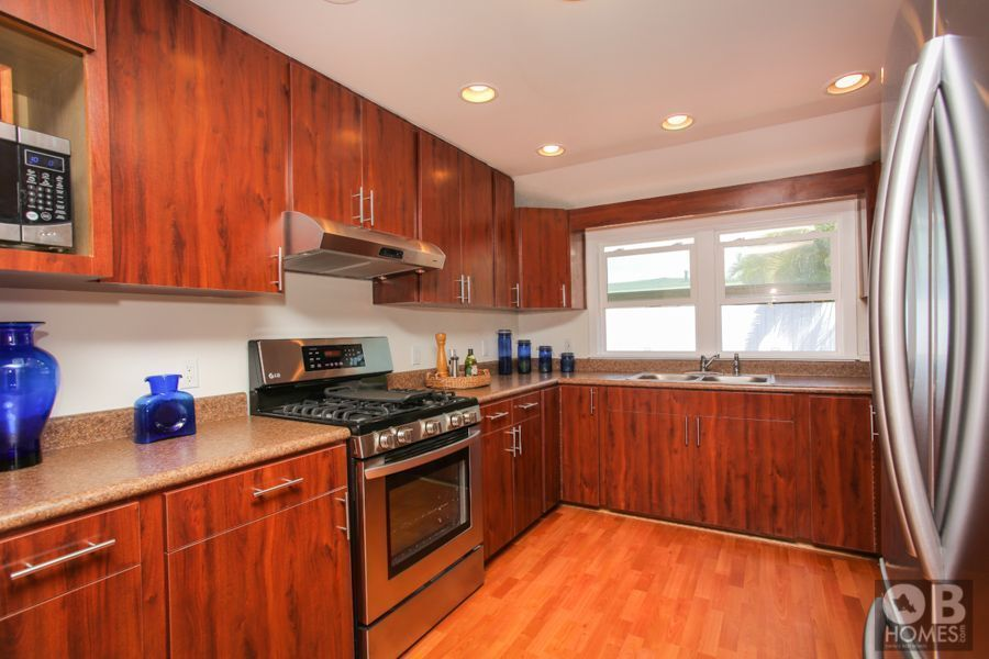 215 Aikahi Loop Kitchen